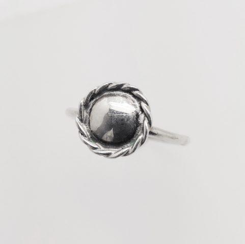 srebrna dekoracja wykorzystana przezuczestników kursu