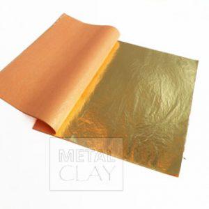 Folia metalowa w kolorze złotym