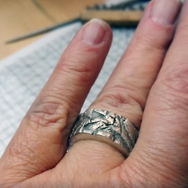 Metal clay nauka online - przymierz swój własnoręcznie wykonany pierścionek!