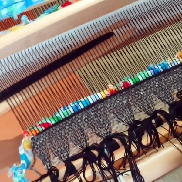 kurs tkania online - wykonaj dywanik z materiałów z recyclingu